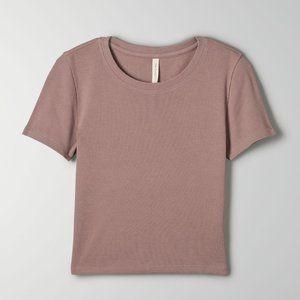 Aritzia Babaton Foundation Rib T-Shirt in Shadow Mauve